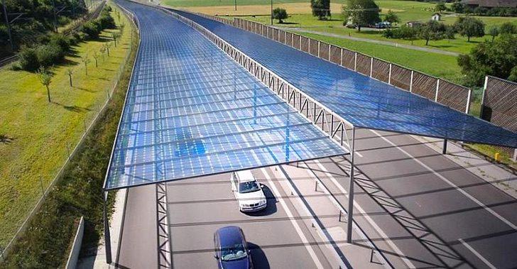 Alemania instalaría paneles solares en autopistas para obtener electricidad limpia y gratuita.