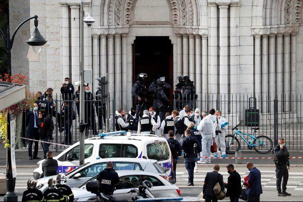 Un tunecino decapita a una mujer y mata a dos personas más en una iglesia de Niza.