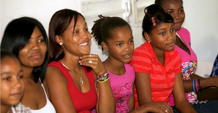 República Dominicana hace historia y prohíbe el matrimonio infantil. Fin al calvario de miles de niñas.