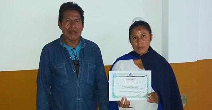 Joven de etnia wichí se recibe de enfermera y espera ayudar a su comunidad.